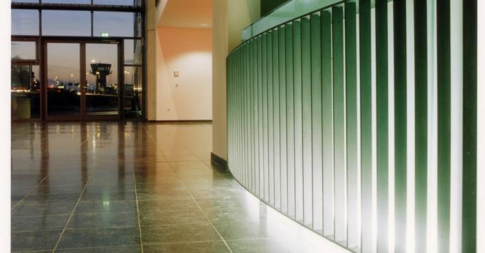 Eingangshalle Flughafenverwaltung (1)