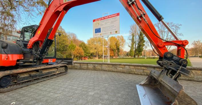 Erster Spatenstich Umbau Hoeschpark Web Roland Gorecki 02