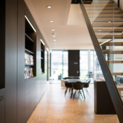 Flur Bürogebäude Treppenhaus Besprechung